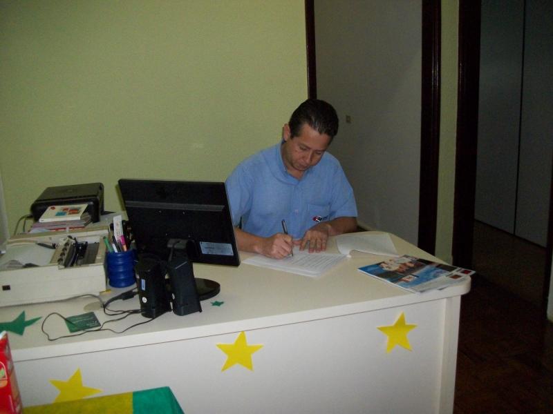 Assinatura do contrato de parceria com a revista Meta Vendas Brazil